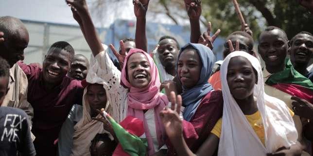«Open Arms», accord historique au Soudan, mort de Peter Fonda... Les cinq infos à retenir du week-end