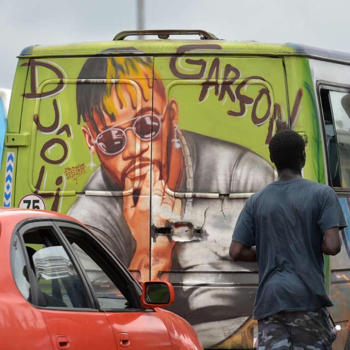 En Côte d'Ivoire, amis et rivaux de DJArafat saluent une «source d'inspiration» majeure