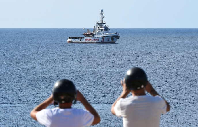 Le navire«Open-Arms» au large de Lampedusa (Italie), le 17 août.