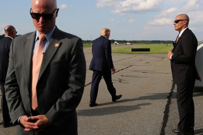 Donald Trump, à l'aéroport de Morristown, dans le New Jersey, le 18 août.