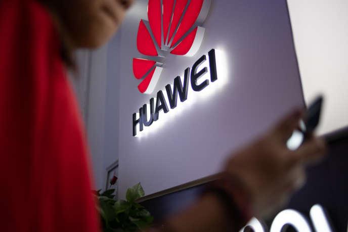 L'Ouganda et la Zambie nient avoir espionné des opposants avec l'aide d'employés de Huawei