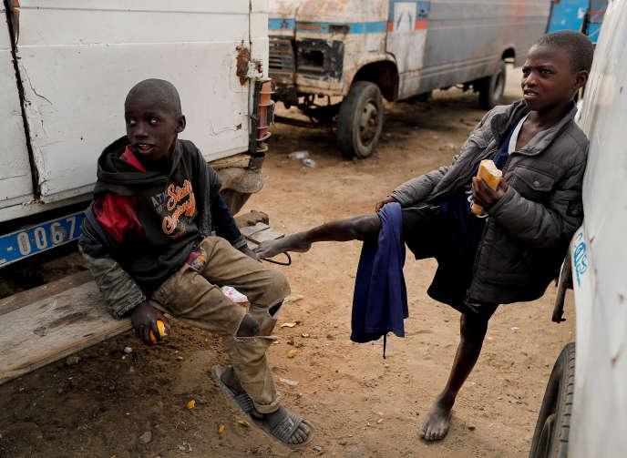 Des élèves d'une école coranique à Saint-Louis, au Sénégal, en février.