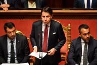 Le premier ministre italien Giuseppe Conte (centre) lors de son allocution au Sénat le 20 août.