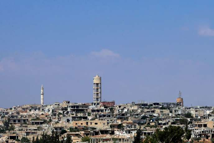 Des bâtiments détruits dans une zone contrôlée par les forces du régime syrien près de la ville de Khan Cheikhoun, dans la province d'Idlib, le 19 août 2019.