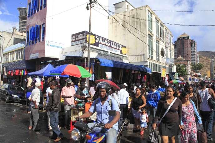 La ville de Port-Louis, capitale de Maurice, au nord-ouest de l'île. Port-Louis est connu pour son architecture de style colonial français.