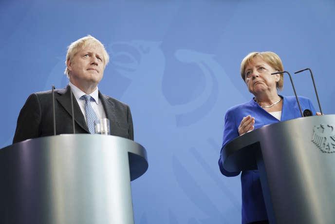 Le premier ministre britannique, Boris Johnson, et la chancelière allemande, Angela Merkel, le 21 août 2019.