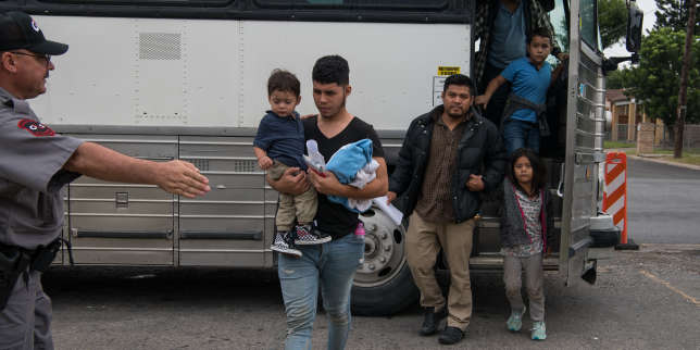 https://www.lemonde.fr/international/article/2019/08/21/les-etats-unis-vont-autoriser-la-detention-illimitee-d-enfants-migrants_5501399_3210.html