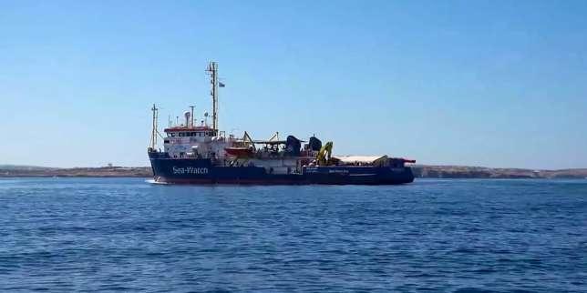 Migrants: la Ville de Paris propose à la capitaine du «Sea-Watch 3» de «discuter» après son refus d'être décorée