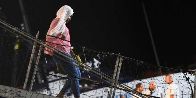 Après leur odyssée à bord du «Open-Arms», les migrants récupèrent sur l'île de Lampedusa