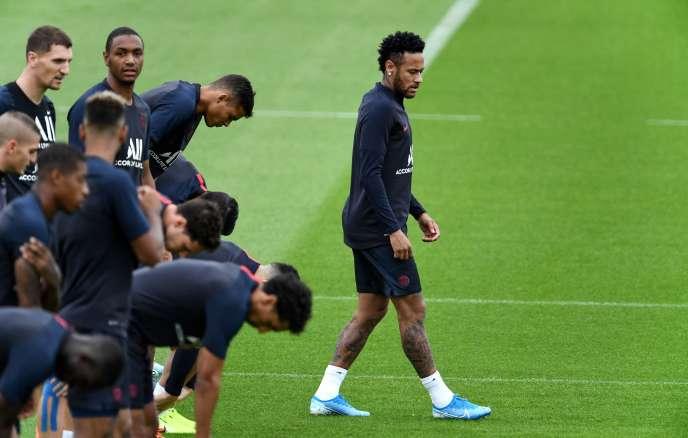 Neymar Jr, lors d'un entraînement du PSG, à Saint-Germain-en-Laye (Yvelines), le 17 août.