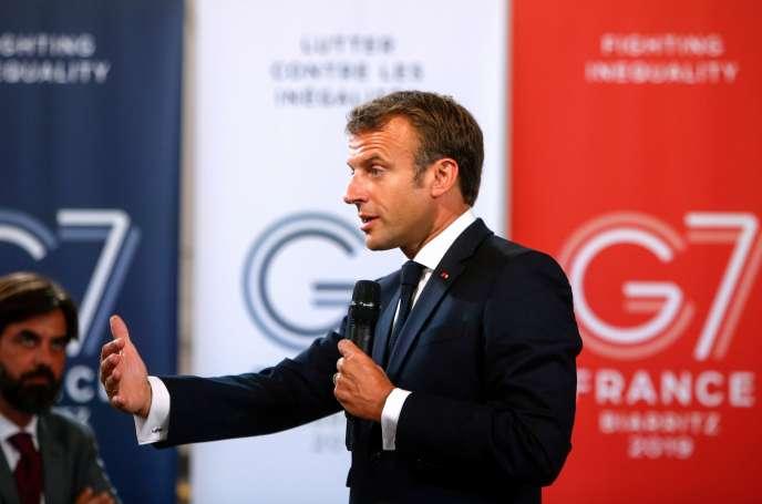 Avant l'ouverture du G7, Macron appelle à «répondre à l'appel de l'océan et de la forêt qui brûle»