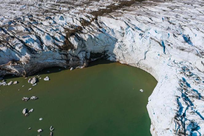 Photo aérienne du glacier Apusiajik dans le sud du Groenland, le 17 août.