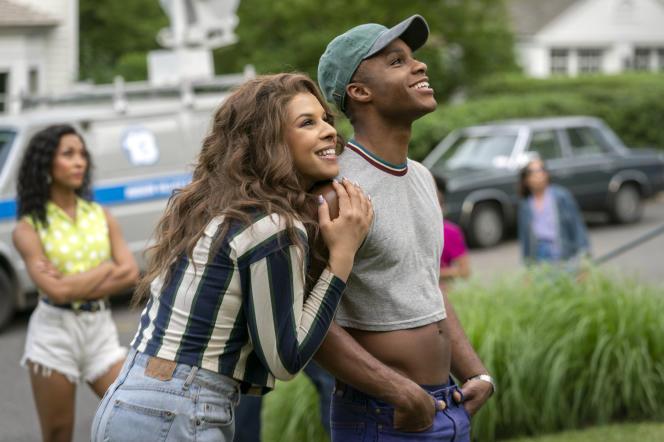 L'actrice transgenre Hailie Sahar et l'acteurDyllon Burnside, dans la saison 2 de«Pose».