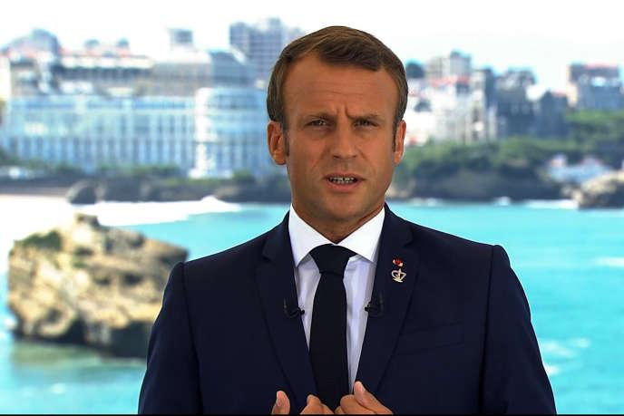 A Biarritz, Macron mène l'offensive sur l'écologie