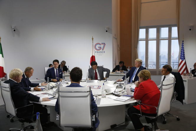 Pendant les discussions des chefs d'Etat au sommet du G7, à Biarritz, le 25 août.
