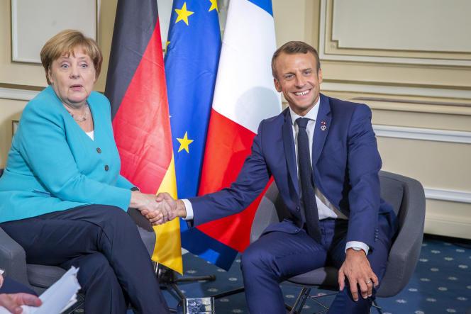 Avant l'ouverture du G7, Emmanuel Macron rencontre Angela Merkel à l'hôtel du Palais, à Biarritz, le 24 août.