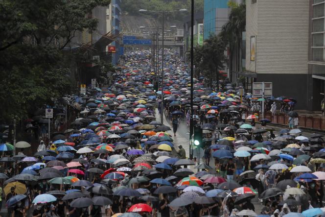 Des milliers de personnes se sont rassemblées à Hongkong, dimanche 25 août.
