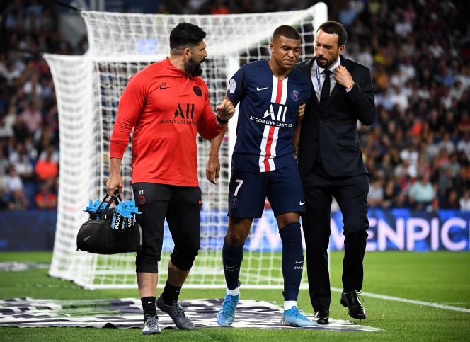 Kylian Mbappé s'est blessé dimanche25août, lors de la victoire du PSG face àToulouse.