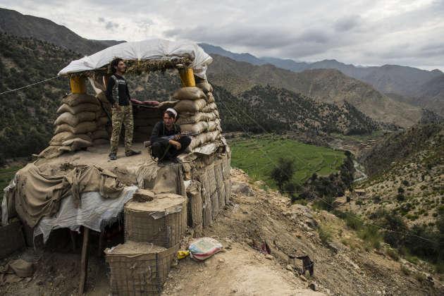 Des membres du Soulèvement populaire, une milice locale progouvernementale, dans le district de Nazyan (Afghanistan), le 14 août 2019.