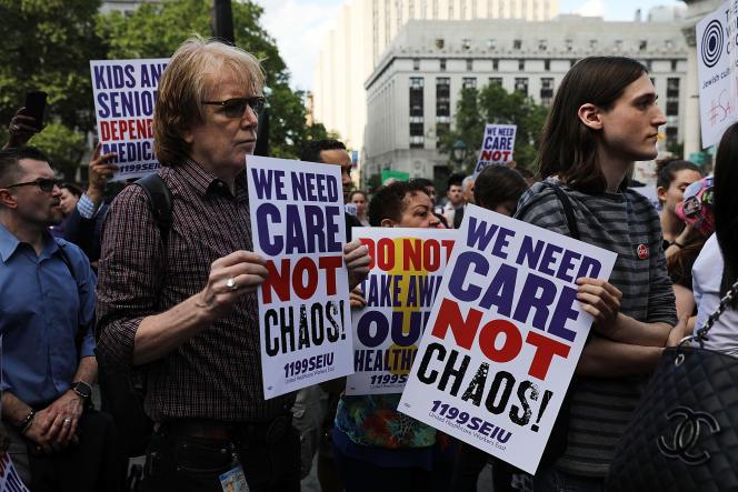Lors d'une manifestation contre le projet de réforme de la santé voulu par Donald Trump, à New York, en juin 2017.