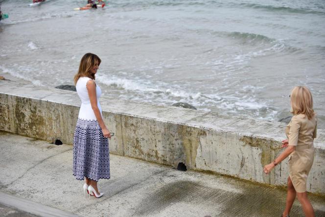 Brigitte Macron et Melania Trump, lundi 26 août à Biarritz.