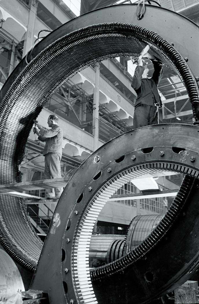 Supports de générateurs hydroélectriques, chez Siemens-Schuckert, à Berlin, en 1936.
