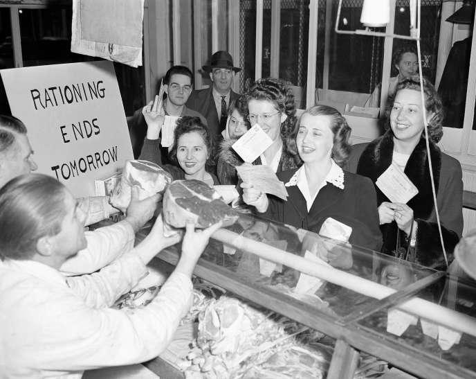 Fin du rationnement à Seattle,aux Etats-Unis, le 23 novembre 1945.
