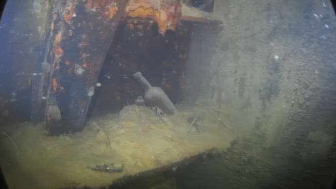 Photographie prise à l'intérieur de l'épavedu« Terror», publiée le 28 août.