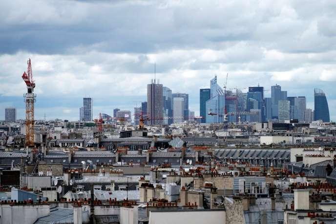 L'arrivée d'une population à fort pouvoir d'achat modifie profondément le paysage commercial de Paris.