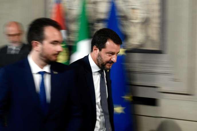 Matteo Salvini (à droite), chef du parti Ligue et ministre sortant de l'intérieur, après une entrevue avec le président italien, à Rome, le 28 août.
