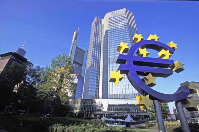 « Un important plan d'investissement public visant à verdir l'économie européenne est nécessaire si l'Europe compte atteindre son objectif de neutralité climatique» (Photo: la BCE à Francfort).