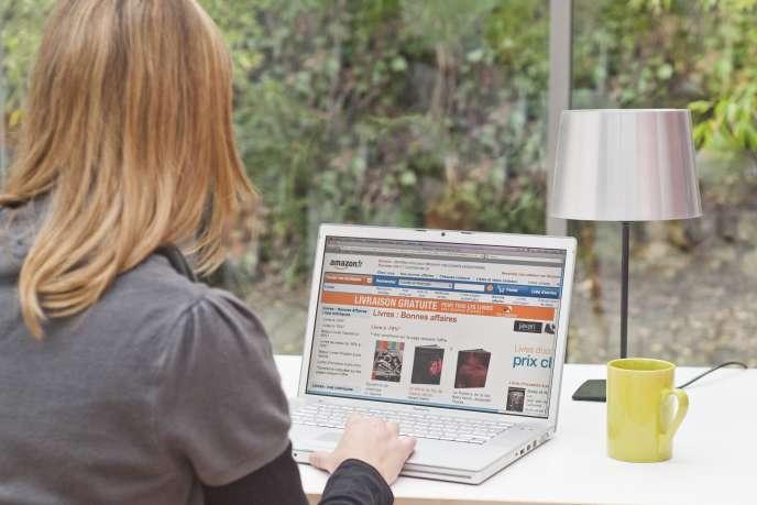 «Le site e-commerçant généraliste Amazon est aujourd'hui dans le collimateur des institutions européennes car sa double casquette, à la fois marchand et place de marché, inquiète.»