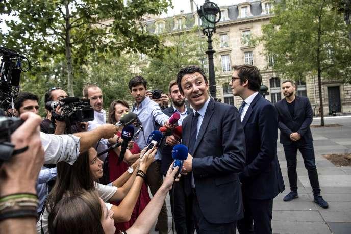 Benjamin Griveaux en campagne à Paris, en août.