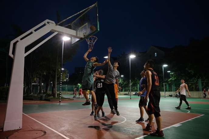 En Chine, le basket est un sport très populaire.