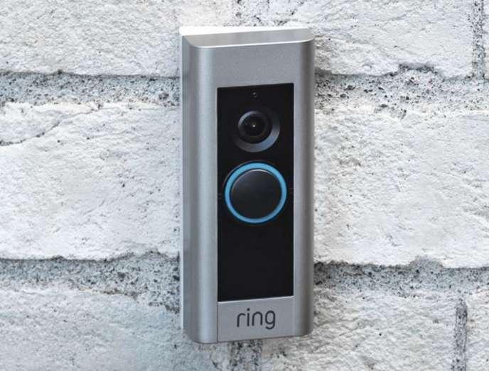 Ring vend différents modèles de visiophones connectés.