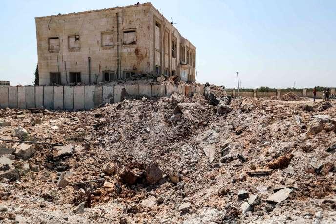 Quelques heures avant l'entrée en vigueur d'une nouvelle trêve, le 31 août, une frappe aérienne russe a touché un établissement de santé dans la province d'Alep, selon l'OSDH.Des membres du personnel ont été blessés.