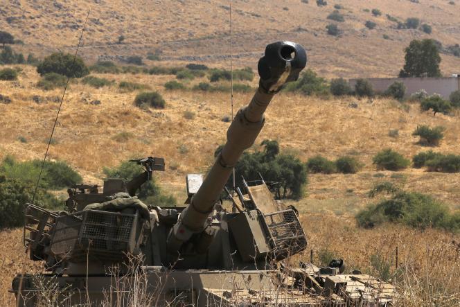Un canon israélien positionné à la frontière libanaise, près de la ville de Kiryat Shemona, le 1er septembre.