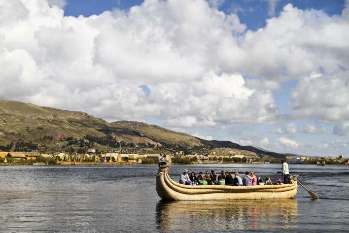 Entre le Pérou et la Bolivie, le lac Titicaca, dont les fonds cachent des trésors immergés depuis des siècles.