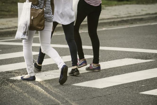 Selon une étude,marcher lentement ou s'adonner à des tâches ménagères permet de gagner des années de vie.
