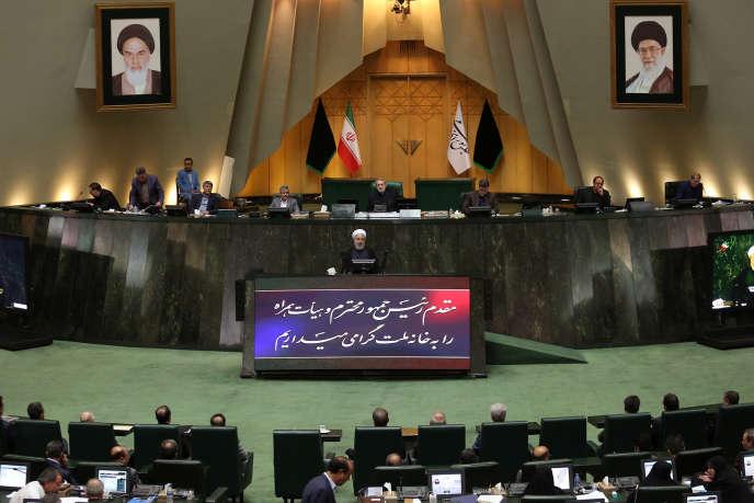 Le président Hassan Rohani durant une session au Parlement, le 3 septembre, à Téhéran.