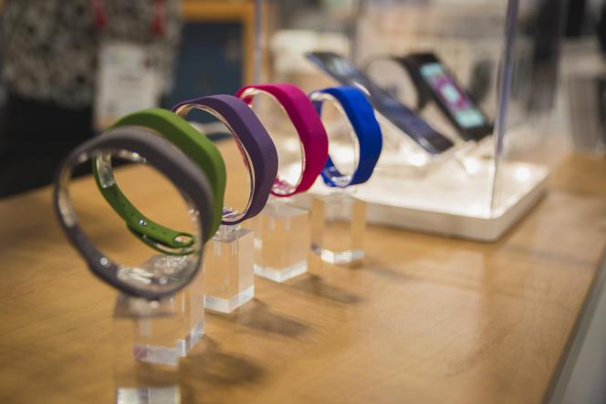 Les bracelets Bluetooth de l'application App-Elles.