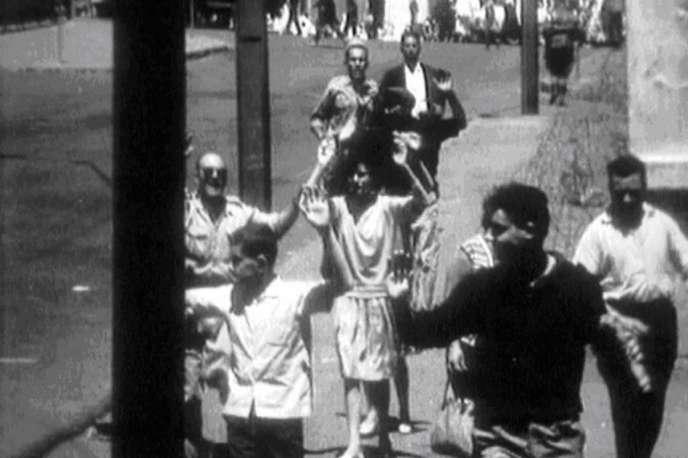 «Oran, le massacre oublié», documentaire de Georges-Marc Benamou et Jean-Charles Deniau.