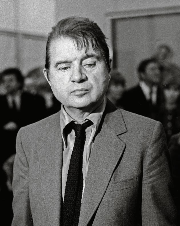 Francis Bacon le 26 octobre 1971 au Grand Palais, à Paris.