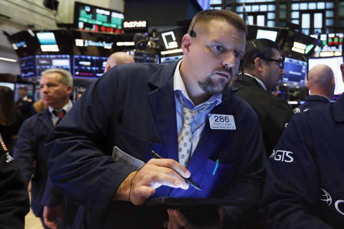 «Hélas, les investissements de production des entreprises sont demeurés très timides, et la fragilité persistante du marché de l'emploi a empêché un rebond de la consommation» (Photo: un trader à la Bourse de New York le 4 septembre).