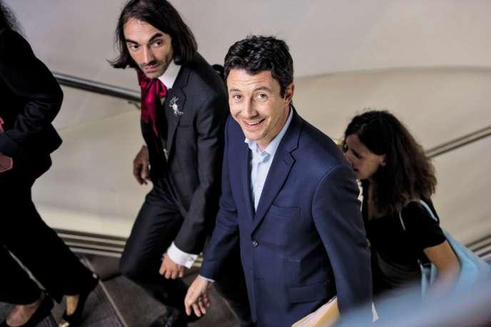 Cédric Villani et Benjamin Griveaux en visite au Conservatoire national des arts et métiers, en 2017.