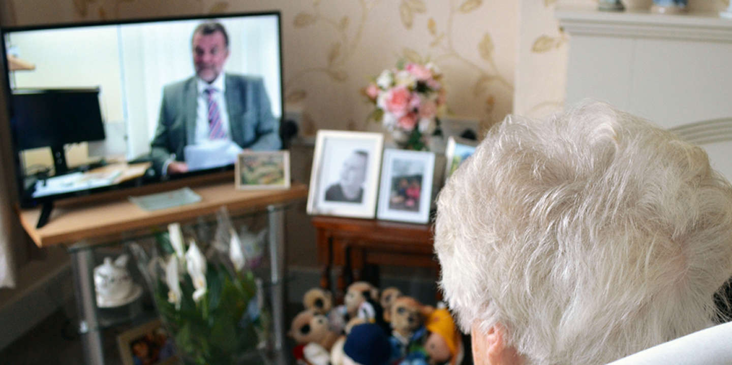09 July 2019, Great Britain, London: 93-year-old Irene sits in her living room in front of the television. In Great Britain, there is a heated debate about the recent decision of the BBC to re-invest over 75-year-olds in radio licence fees. From June 2020, they will also have to pay the 154.50 pounds (equivalent to around 172 euros) annually. Since 1999, senior citizens have been excluded. Photo: Christoph Meyer/dpa (Photo by Christoph Meyer/picture alliance via Getty Images)