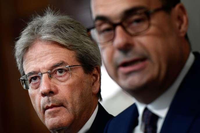 L'ex-premier ministre italien Paolo Gentiloni et lesecrétaire du Parti démocrateNicola Zingaretti, le 28 août à Rome.