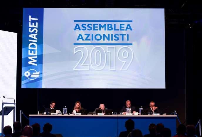 Lors de l'assemblée générale de Mediaset, à Milan, mercredi 4 septembre.