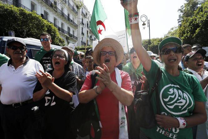Lors d'une manifestation antigouvernementale, le 6 septembre 2019 à Alger.