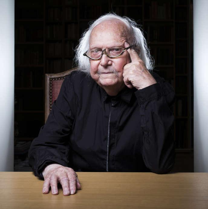 Alain Rey, lexicographe et rédacteur en chef des publications des éditions Le Robert,le 10 octobre 2018, à Paris.